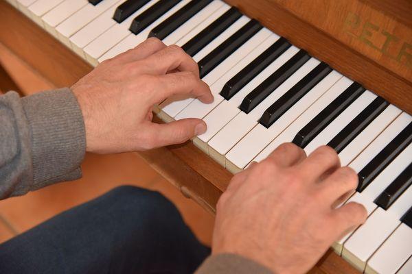 Position de la main au piano3